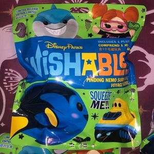 Disney Wishables lot- Finding Nemo limited release